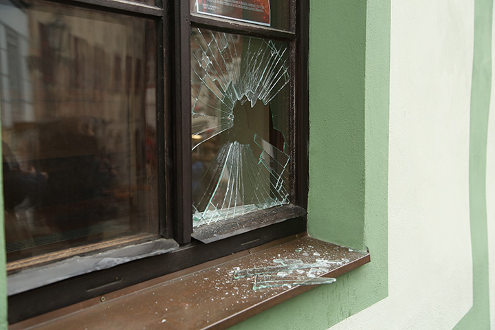 A2B Glass are able to board up broken windows while they are being repaired in Dulwich Village.